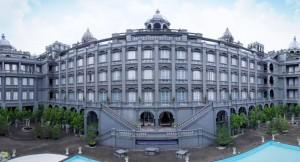 Kemegahan-dan-Kemewahan-Bangunan-GH-Universal-Hotel
